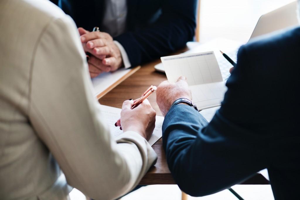 Compromis De Vente Sequestre Role Du Notaire Le Processus De
