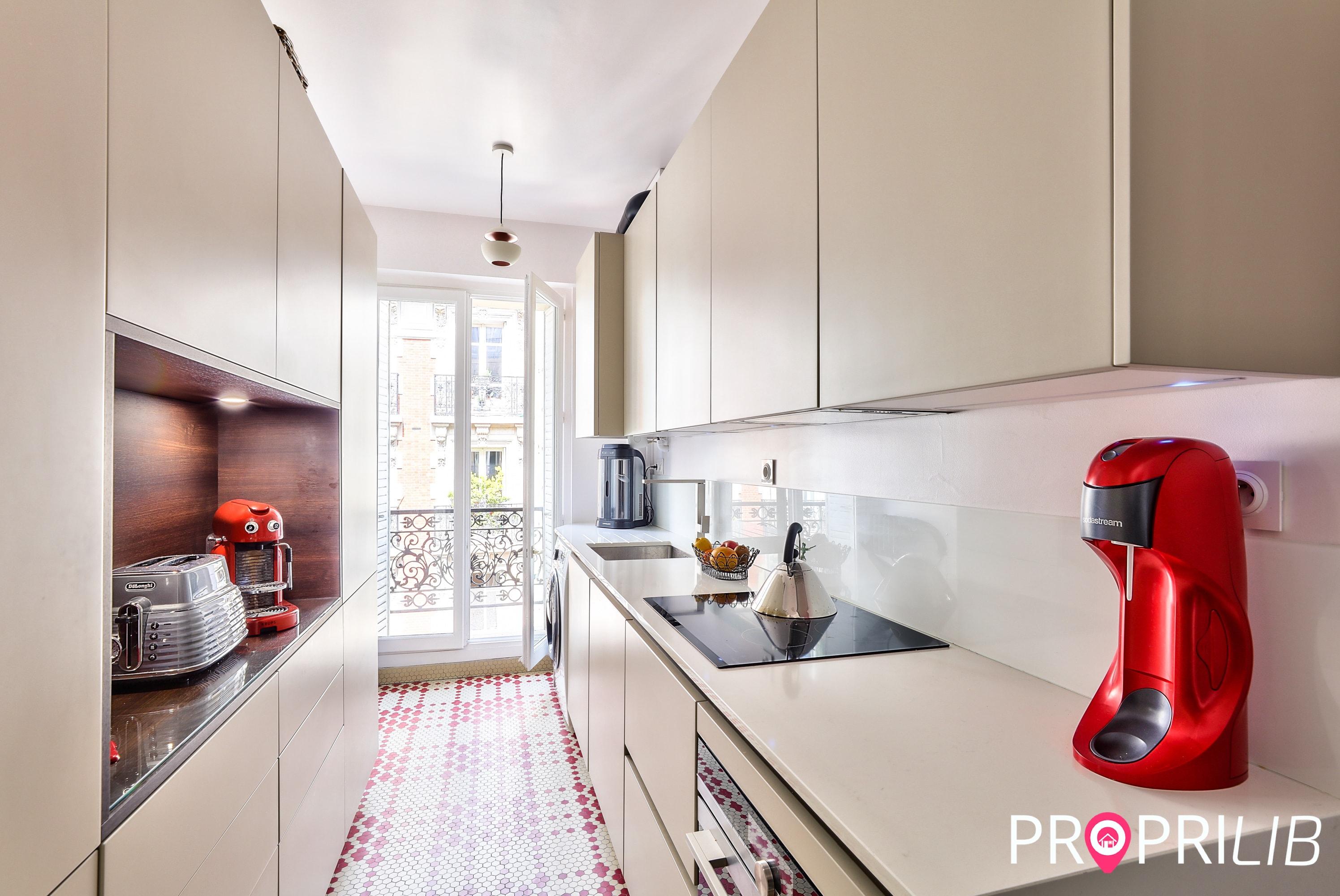 appartement-paris-18e-commission-fixe