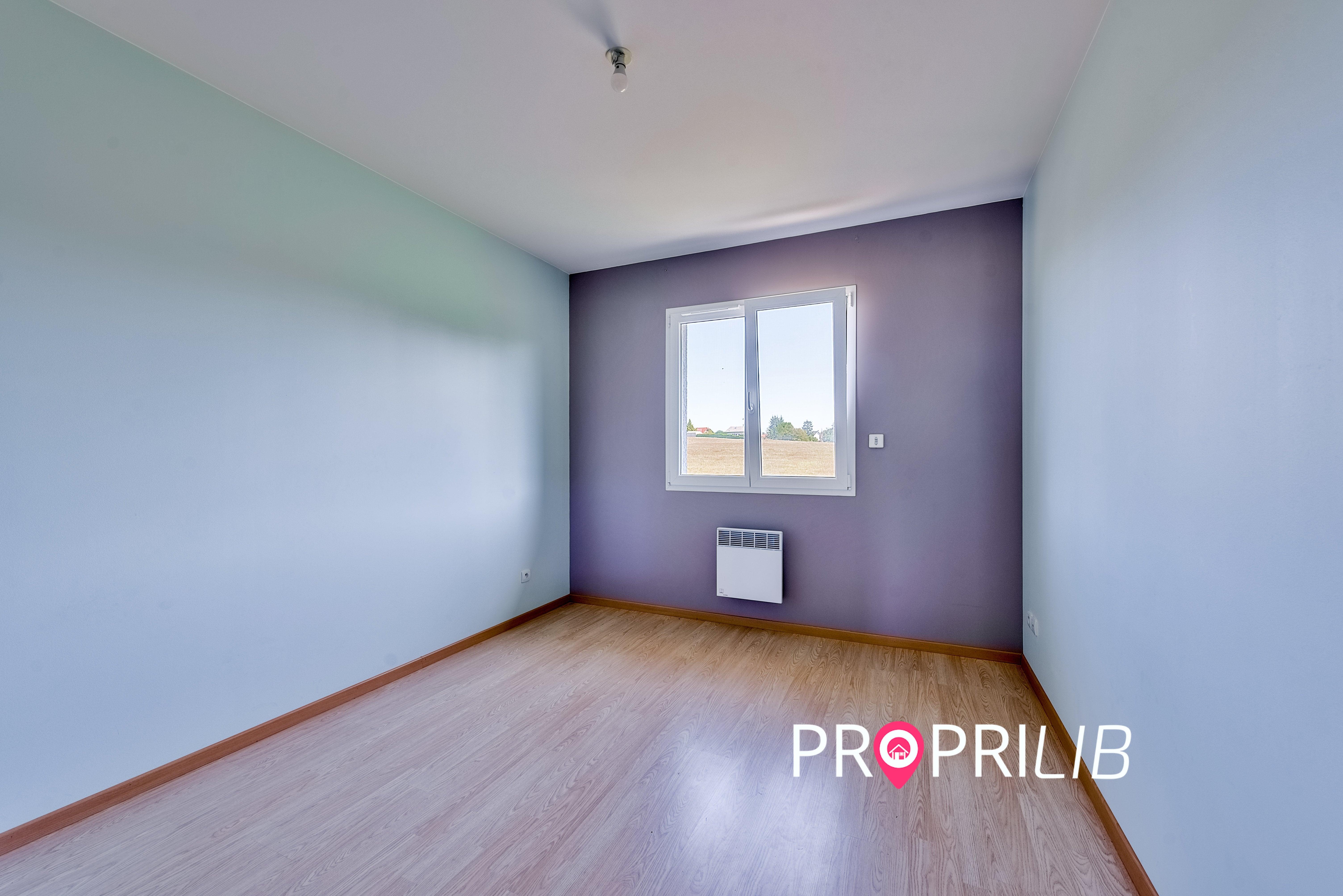 PropriLib l'agence immobilière en ligne au forfait vend cette maison à Meyrieu-les-Etangs
