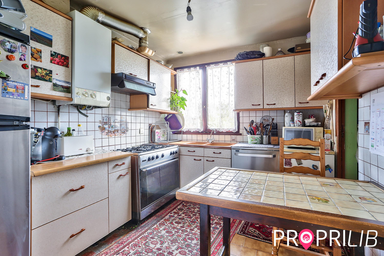 PropriLib l'agence immobilière en ligne à commission fixe vend cette maison à Saint-Denis