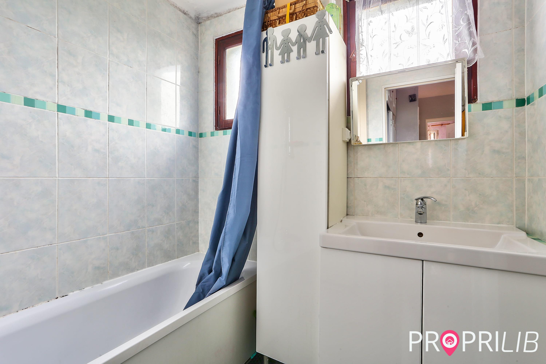 PropriLib l'agence immobilière en ligne au forfait vend cette maison à Saint-Denis