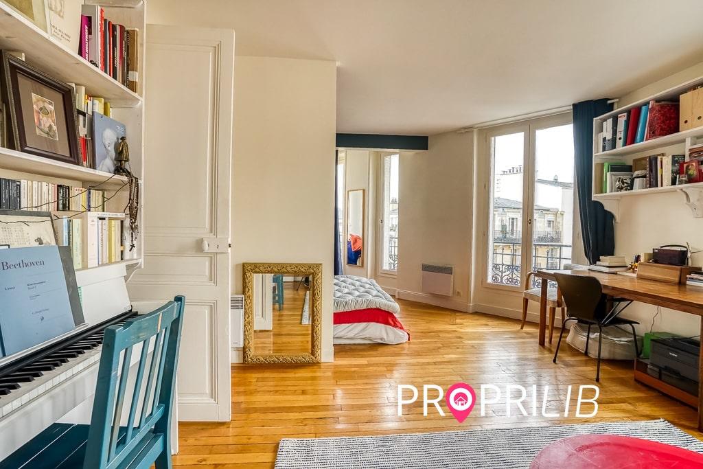 PropriLib l'agence immobilière en ligne vend cet appartement à Paris 18 ème