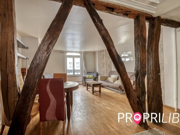 PropriLib l'agence immobilière en ligne à commission fixe vous propose cet appartement à Paris 5 ème
