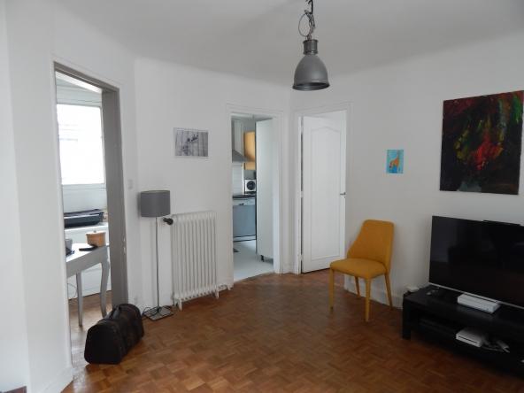 PropriLib l'agence immobilière en ligne à prix fixe vous propose cet appartement à Asnières-sur-Seine