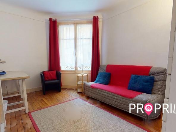 PropriLib l'agence immobilière en ligne à prix fixe vous propose cet appartement dans le 7 ème