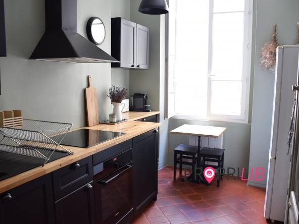 PropriLib l'agence immobilière en ligne au forfait vous propose  cet appartement à Lyon 3 ème
