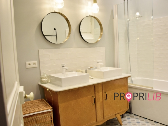 PropriLib l'agence immobilière en ligne à prix fixe vous propose cet appartement à Lyon 3 ème