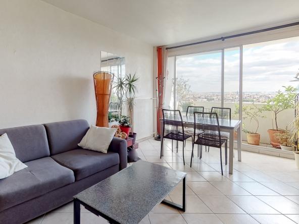 Proprilib-presente-ce-3-pieces-a-Colombes-Living-Room