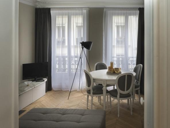 PropriLib l'agence immobilière en ligne à prix fixe vous propose cet appartement dans le 18 ème