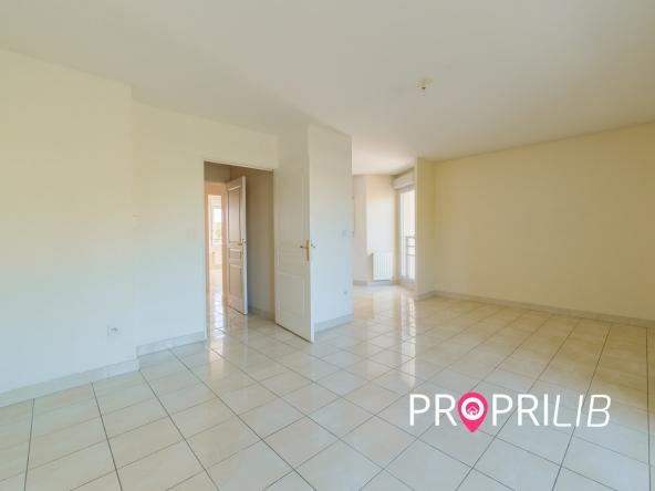 PropriLib l'agence immobilière en ligne à commission fixe vend cet appartement à Lyon 8 ème