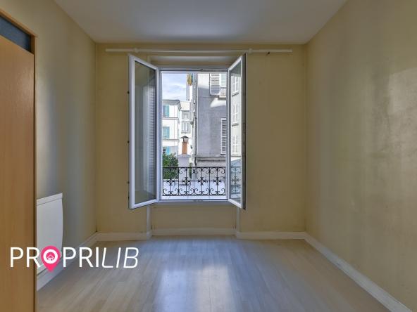 PropriLib l'agence immobilière en ligne au forfait vous propose cet appartement à Paris 14 ème