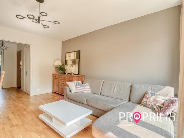 PropriLib l'agence immobilière en ligne à commission fixe vous propose cet appartement à Saint-Maur-Des-Fossés