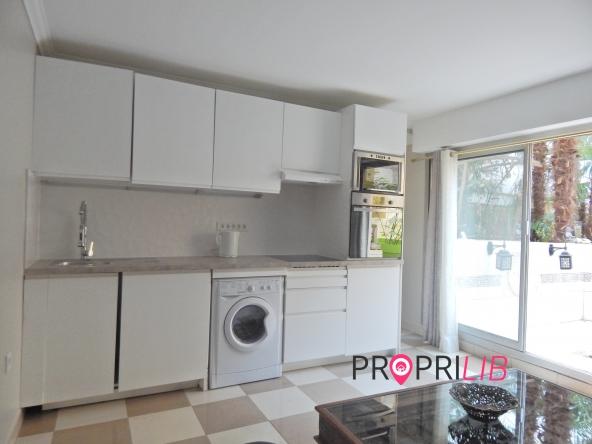PropriLib l'agence immobilière en ligne à prix fixe vous propose cet appartement à Paris 12 ème