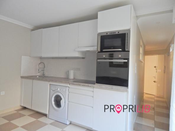 PropriLib l'agence immobilière en ligne à commission fixe vous propose cet appartement à Paris 12 ème