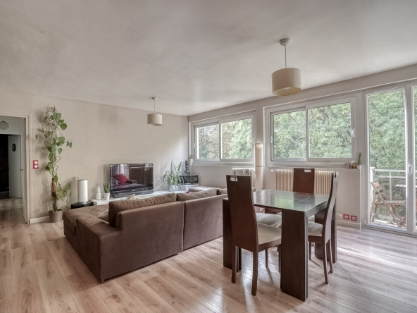 PropriLib l'agence immobilière en ligne à commission fixe vend cet appartement à Le Pecq