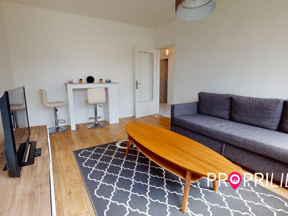 PropriLib l'agence immobilière en ligne à commission fixe vend cet appartement à Lyon 5 ème