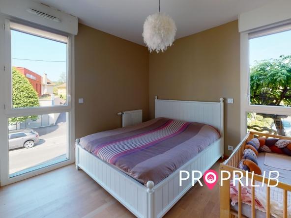 La-Verpillere-Bedroom-min