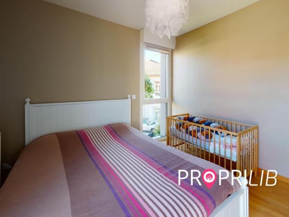 La-Verpillere-Bedroom(1)-min