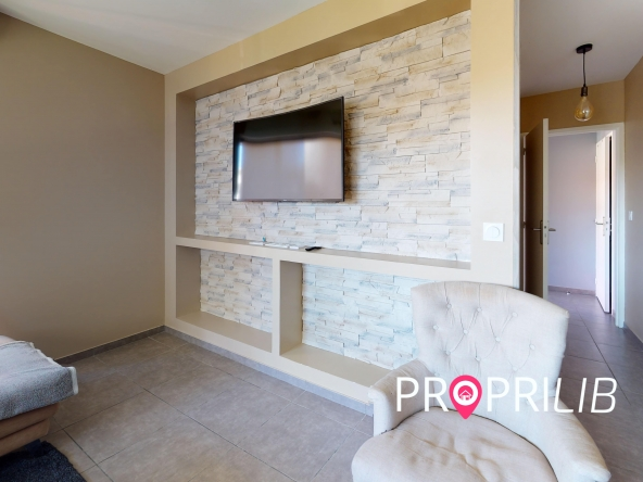 La-Verpillere-Living-Room(1)-min